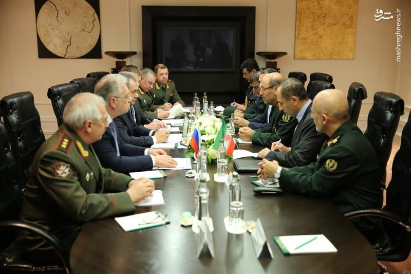 دیدار وزرای دفاع ایران و روسیه