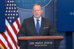 ماجرای «یخچال دزدی» سخنگوی مستعفی کاخ سفید +عکس