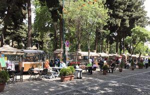 ماجرای جالب ساماندهی دستفروشان تهرانی که پس از سالها دکهدار شدند +عکس