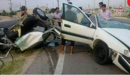 زانتیا در تصادف با تیر برق نصف شد +عکس