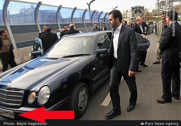 عکس فوق که در رسانه ها با هدف تخریب قالیباف منتشر شده است، به افتتاح پل طبقاتی صدر اختصاص دارد که علی لاریجانی آن را بازگشایی کرده بود.