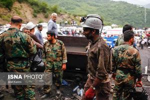 عکس/ امدادرسانی نیروهای سپاه به حادثه دیدگان معدن زغال سنگ