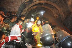 وضعیت داخل تونل معدن آزادشهر وخیم است