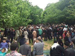 عکس/خاکسپاری ٣ تن از جانباختگان فاجعه معدن آزادشهر