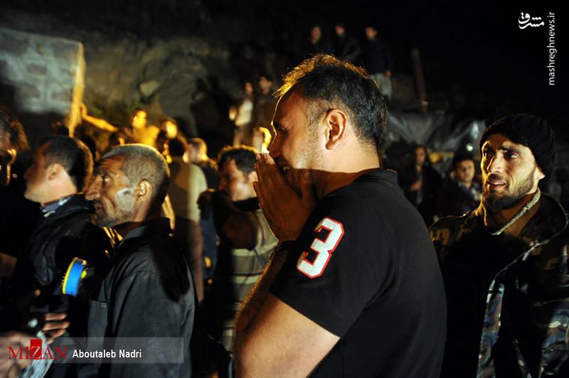 خارج کردن اجساد از معدن یورت آزادشهر