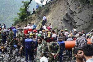 فیلم/ اعتراض شدید خانواده معدنچیان از مسئولین