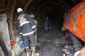 فیلم/ ادامه آواربرداری در معدن آزادشهر