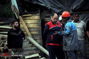 عکس/ درد دِل کارگران معدن با وحید حقانیان