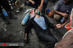 عکس/ وخامت حال معدنچیان پس از پیداکردن پیکر همکارانشان