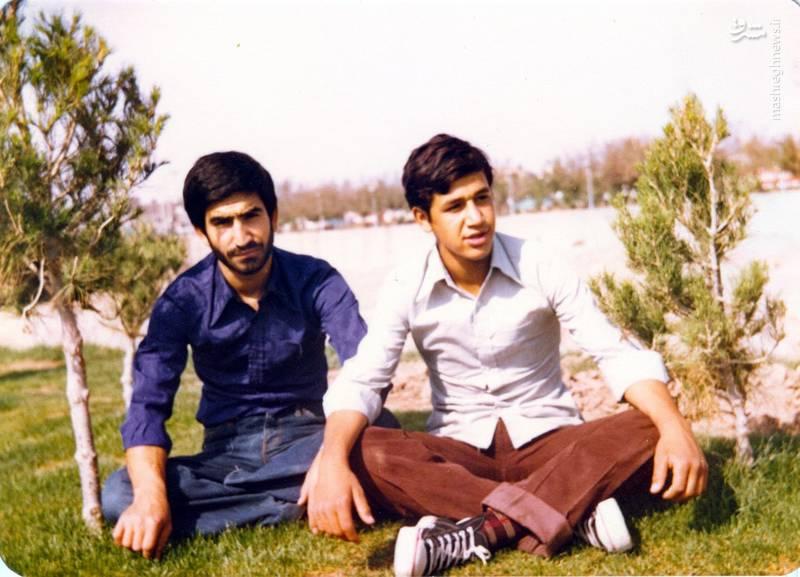 حسین اسکندرلو(نفر سمت راست)