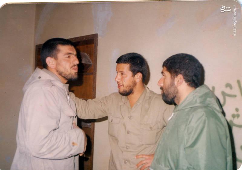 از راست: اکبر عاطفی، شهید «حاج حسین اسکندرلو»، شهید حمدرضا شاه نظر عراقی
