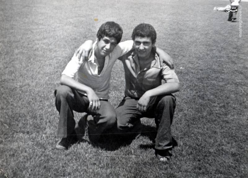 حسین اسکندرلو(نفر سمت چپ)