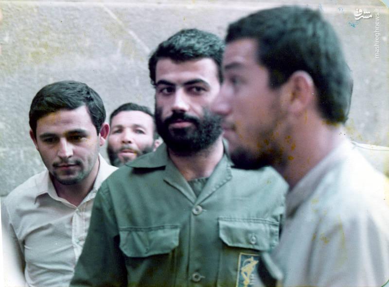 شهید «حاج حسین اسکندرلو» در کنار شهید «حاج کاظم نجفی رستگار»