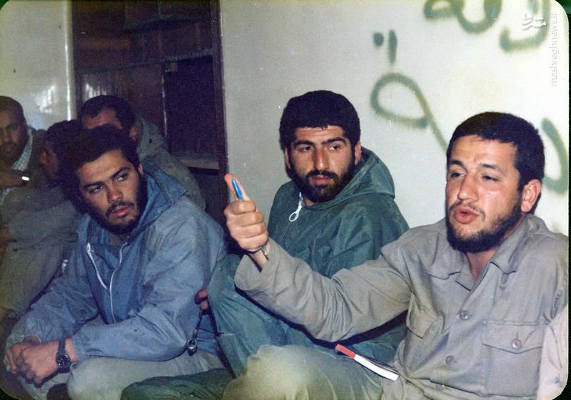 از راست: شهید «حاج حسین اسکندرلو»، اکبر عاطفی، شهی«محمدحسن حسنیان»