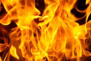 آتش سوزی در یک مجتمع مسکونی در شهر ابیک