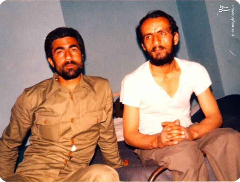 شهید احمد بابایی(نفر سمت راست)
