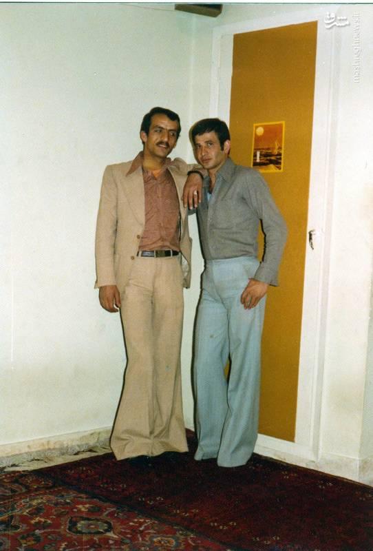 احمد بابایی(نفر سمت چپ)