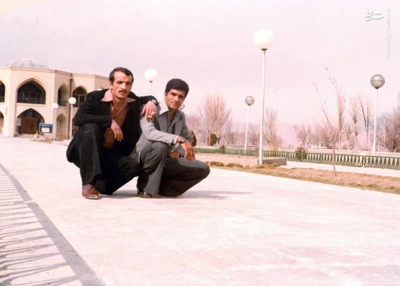 احمد بابایی (نفر  سمت چپ)
