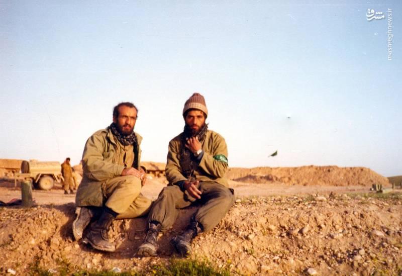 شهید احمد بابایی(نفر سمت چپ)