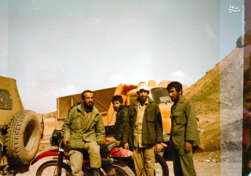 احمد بابایی(نفر اول از چپ)