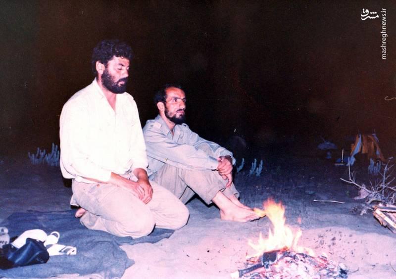شهید احمد بابایی(نفر سمت راست) در کنار شهید «علی اکبر حاجی پورامیر