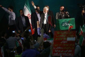 سعید جلیلی به اجتماع بزرگ حامیان رئیسی در مصلی تهران پیوست