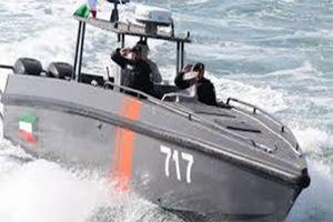 ۲ زخمی در جریان درگیری گارد ساحلی کویت با قایق عراقی