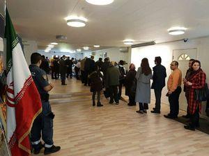 عکس/ اخذ رای در سفارت ایران در استکهلم