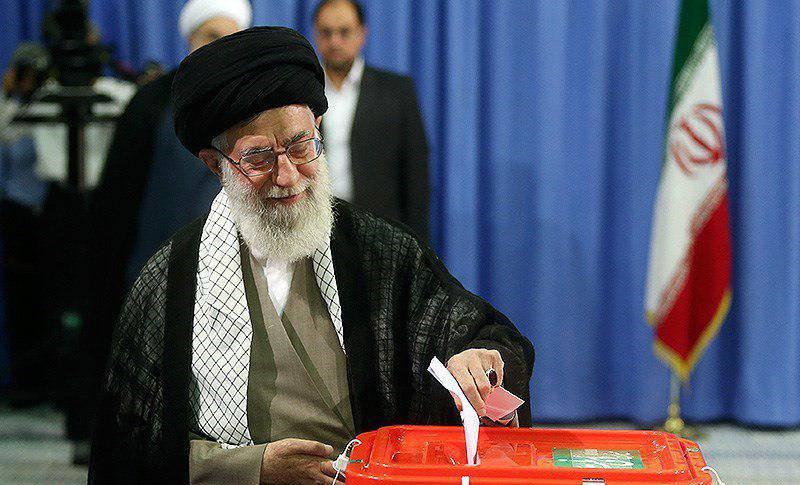 فیلم/ بیانات رهبرانقلاب پای صندوق رای