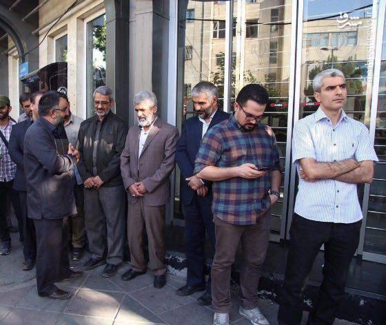 سردار غیب پرور و پدر شهید احمدی روشن