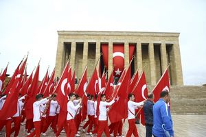 پیروزی بر یونان؛ تنها نماد سکولاریسم در ترکیه/ سکولارها به دنبال استفاده سیاسی از آتاتورک