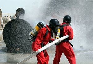 جزئیات نشت گازوئیل از تانکر بنزین در خیابان ستارخان