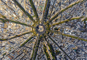 عکس/ نمایی دیدنی از میدان شارل دوگل