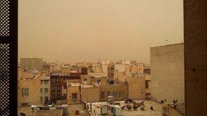 عکس/ طوفان گرد و خاک در تهران
