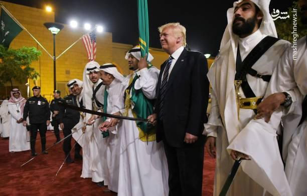 ترامپ با پادشاه عربستان رقصید