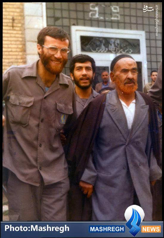 شهید محمد بروجردی(نفر سمت چپ)