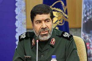 دشمنان جرات نزدیک شدن به مرزهای ایران را ندارند