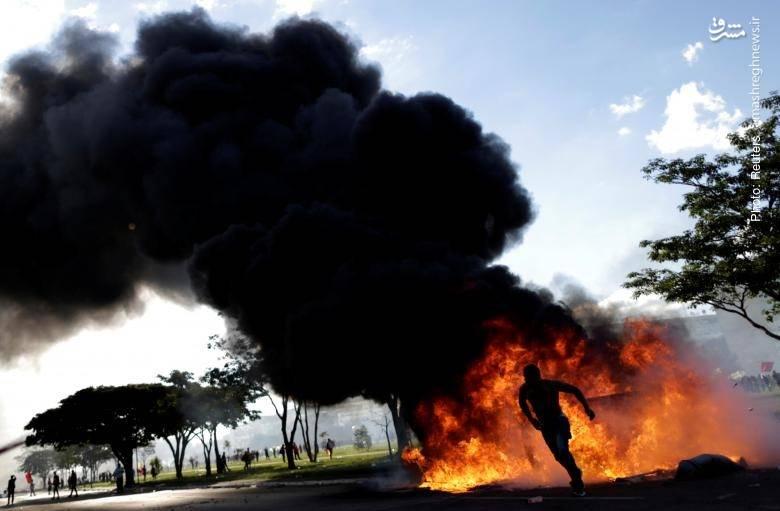 تظاهرات مردم برازیلیا پس از افشای پرونده فساد مالی رئیسجمهور تِمِر