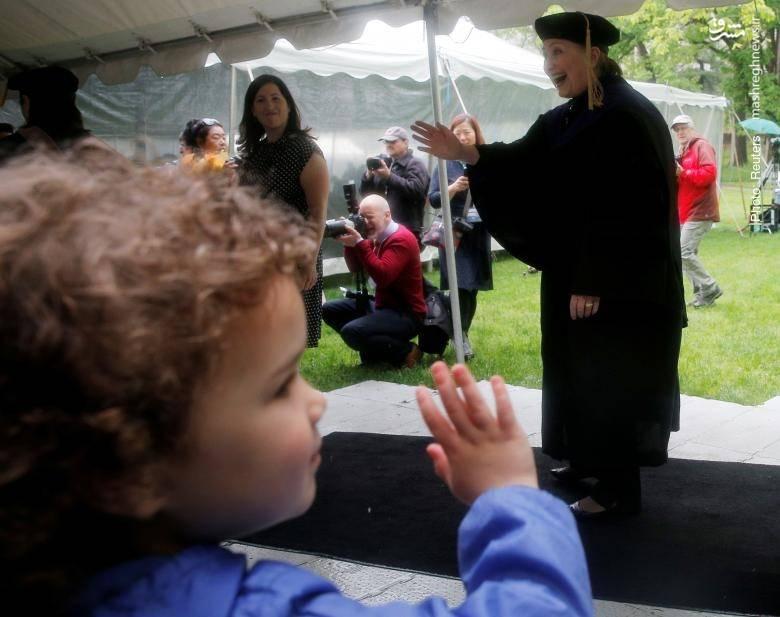 هیلاری کلینتون در جلسه فارغالتحصیلی کالج ولزلی، ماساچوست