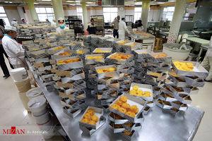 عکس/ کارگاه پخت زولبیا و بامیه