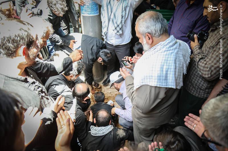 مراسم خاکسپاری شهید شعبان نصیری