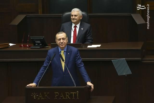 رجب طیب اردوغان در دیدار با اعضای حزب عدالت و توسعه و برخی نمایندگان مجلس و سیاستمداران ترک