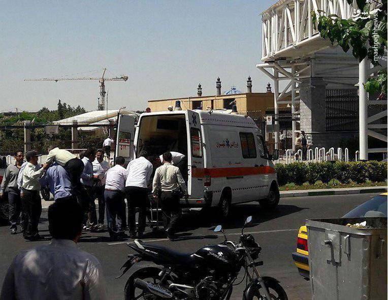 1958722 جزییات حادثه تروریستی در مجلس و حرم امام (ره) + آمار شهدا