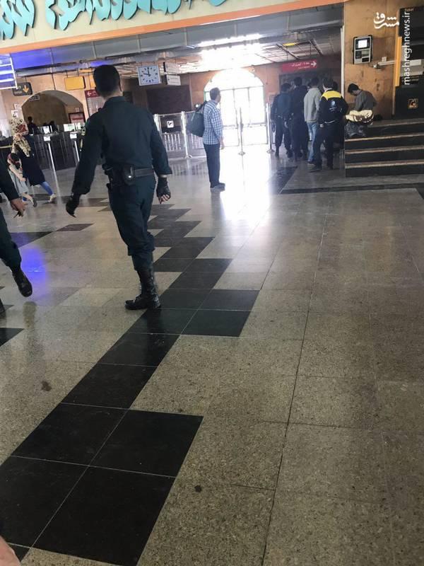 بازرسی بدنی در مترو حرم امام