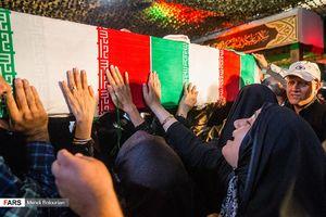 عکس/ وداع با شهدای حادثه تروریستی مجلس
