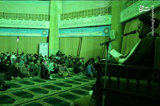 مراسم استقبال و وداع با پیکر مطهر شهید دکتر «احسان آقاجانی معمار» در مسجد دانشگاه امام صادق(ع)