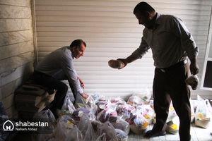 عکس/ کمک به فقرا در ماه رمضان