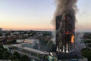 پلیس لندن: تعداد کشتههای آتشسوزی به ۳۰ تن رسید