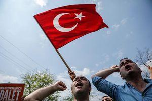 تصاویر/ اعتراضات خیابانی در ترکیه برای علیه اردوغان