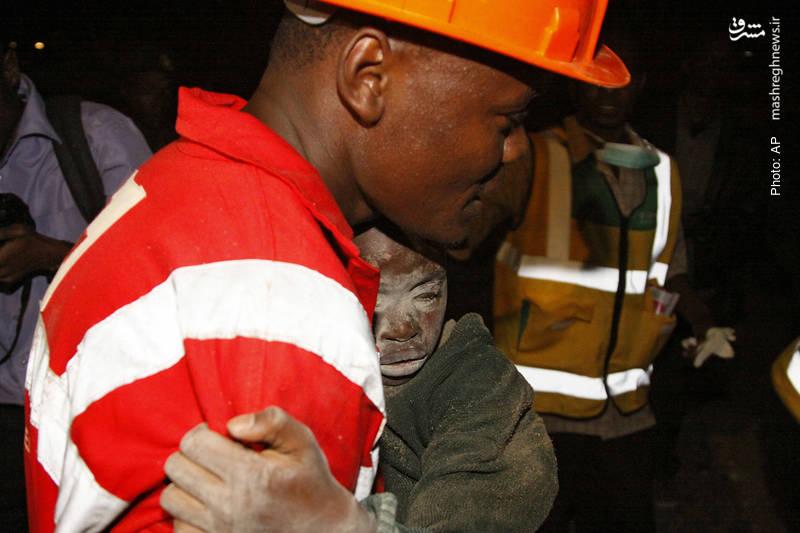 اسارت دستکم سه نفر زیر آوار ریزش یک ساختمان 8 طبقه در محله فقیرنشین نایروبی کنیا